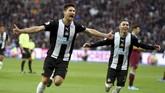 Newcastle United mengalahkan tuan rumah West Ham United 3-2. (Daniel Hambury/PA via AP)