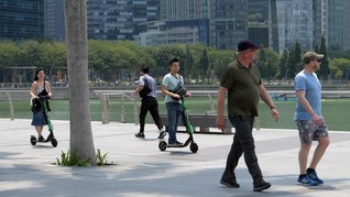 Singapura Larang Skuter Listrik di Trotoar