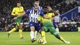 Brighton and Hove Albion mengalahkan Norwich City 2-0. (Gareth Fuller/PA via AP)