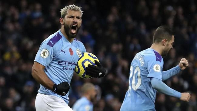 Manchester City mengalahkan Southampton 2-1. Gol pembuka Man City dilesakkan oleh Sergio Aguero. (Martin Rickett/PA via AP)