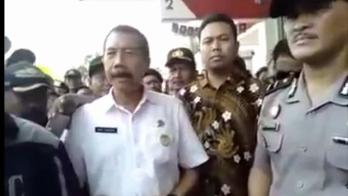 Walkot Bekasi memberikan penjelasan soal video viral di minimarket Bekasi.