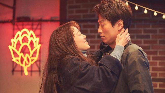 Review Film: Crazy Romance