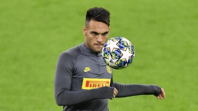 Lautaro Martinez menjadi salah satu pencetak gol Inter ke gawang Borussia Dortmund pada pertandingan matchday ketiga Liga Champions.(AP Photo/Martin Meissner)