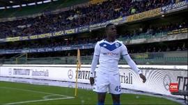 VIDEO: Lagi, Mario Balotelli Jadi Korban Suporter Rasis