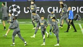 Dalam laga menjamu Borussia Dortmund pada matchday ketiga Liga Champions, yang berlangsung 24 Oktober, Inter meraih kemenangan 2-0. Dortmund pun bertekad revans atas kekalahan tersebut. (AP Photo/Martin Meissner)
