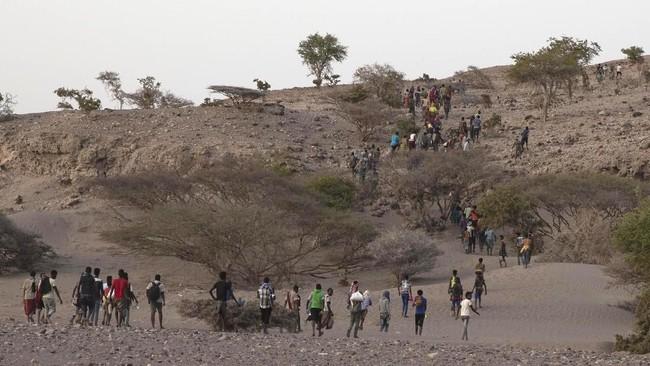 Mereka dilaporkan sering disiksa, dipukul, diperkosa, hingga dibiarkan kelaparan. (AP Photo/Nariman El-Mofty)