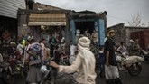 Namun angka ini diperkirakan akan menurun dengan meningkatnya aturan di perbatasan yang diberlakukan negara Eropa serta beberapa negara yang dilewati imigran seperti Ethiopia. (AP Photo/Nariman El-Mofty)