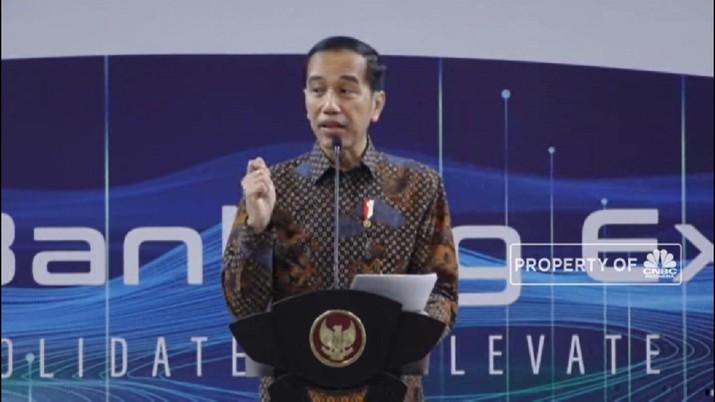 Jokowi sempat mengingatkan jangan sampai banyak aktivitas menggoreng saham dan lebih mengedepankan perlingdungan investor.