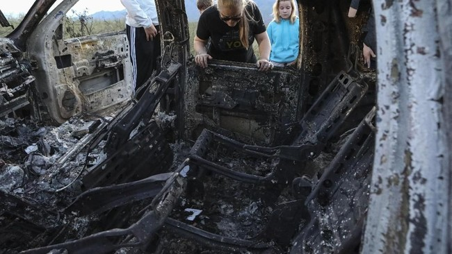 Menurut perwakilan komunitas Mormon di Queen Creek, Aaron Staddon, kelima anak yang selamat itu dirawat di Rumah Sakit Arizona. (Photo by Herika MARTINEZ / AFP)