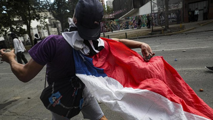 Kasus Chile menjadi pelajaran persoalan geopolitik harus jadi pertimbangan saat menjalin kerja sama.