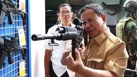 Kunjungi Pindad, Prabowo Akui Belajar Kondisi Pertahanan
