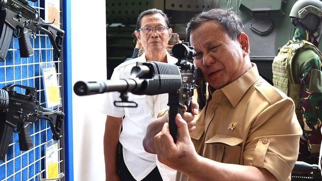Di DPR, Prabowo Sebut Pertahanan Indonesia Banyak Kekurangan