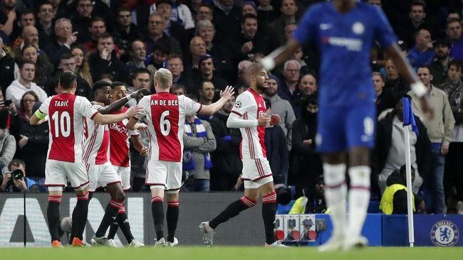 Ajax Lebih Galak di Kandang Lawan di Liga Champions