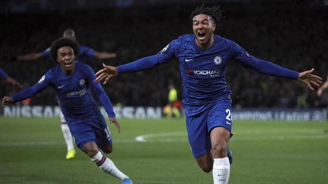 Chelsea menyamakan kedudukan pada menit ke-74 berkat tendangan Reece James. (AP Photo/Ian Walton)