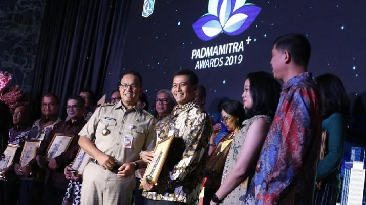PT Bank Negara Indonesia Tbk (BNI) meraih penghargaan Padmamitra+ Award 2019 untuk kategori Inovasi Digital.