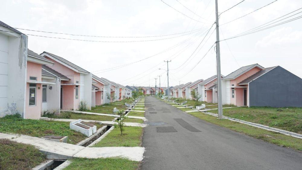 PT Hanson International Tbk (MYRX) agresif membangun sejumlah proyek properti dari Serpong hingga Rangkasbitung. Dengan begitu diharapkan bisa terbangun kota baru dengan masa pengembangan 20 tahun, sejak 2014. CNBC Indonesia /Rahajeng Kusumo Hastuti