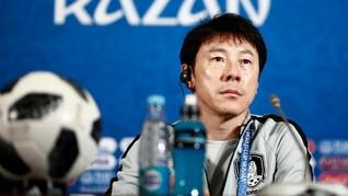 Pengamat: Shin Tae-Yong Lebih Bermanfaat dari Luis Milla