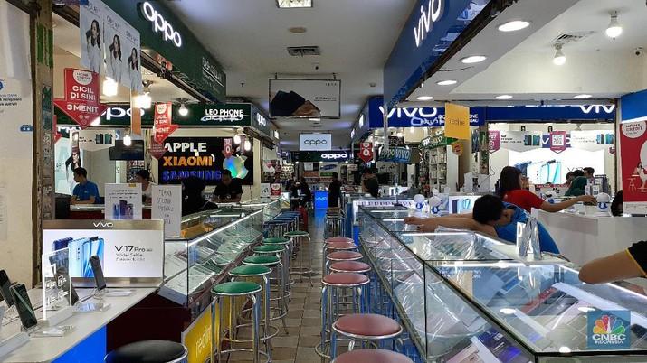 Toko Elektronik Sepi Bak 'Kuburan', Pedagang Banyak 'Bengong'