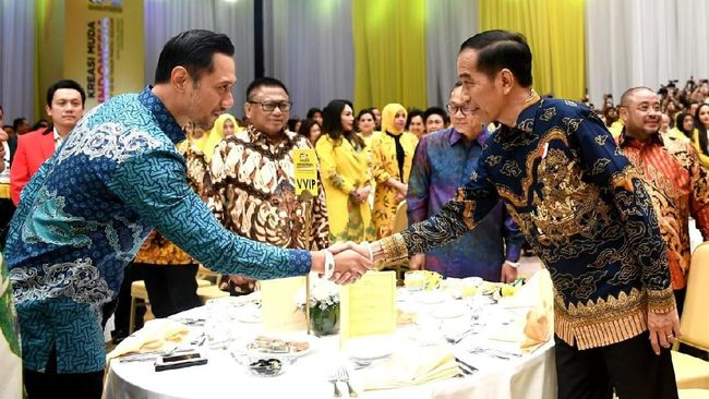 AHY Jumpa Jokowi Perdana Usai Kabinet Dibentuk: Semoga Sukses