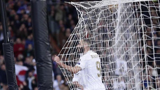 Sejak Ronaldo Pergi, Benzema Lebih Mematikan Dibanding Messi