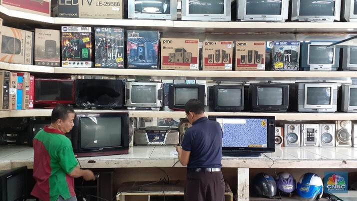 Fenomena toko elektronik sepi, kenapa ya?