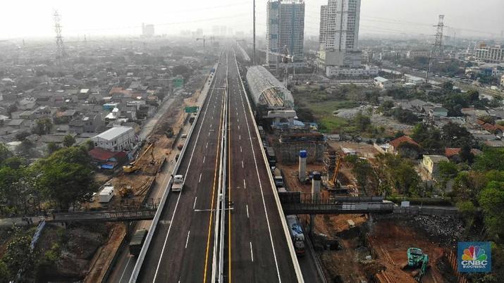 Melihat 3 Progress Mega Proyek di Jalan Tol Cikampek