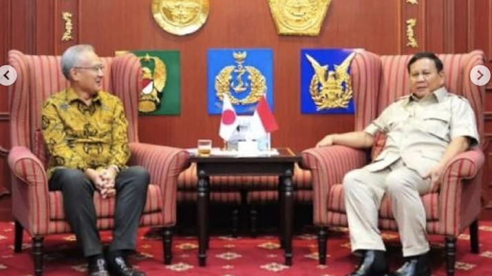 Menteri Pertahanan Republik Indonesia Letnan Jenderal TNI (Purn) Prabowo Subianto menerima kunjungan sejumlah duta besar negara sahabat, kemarin.