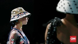 FOTO: Biyan dan Bunga Warna-warni dari London