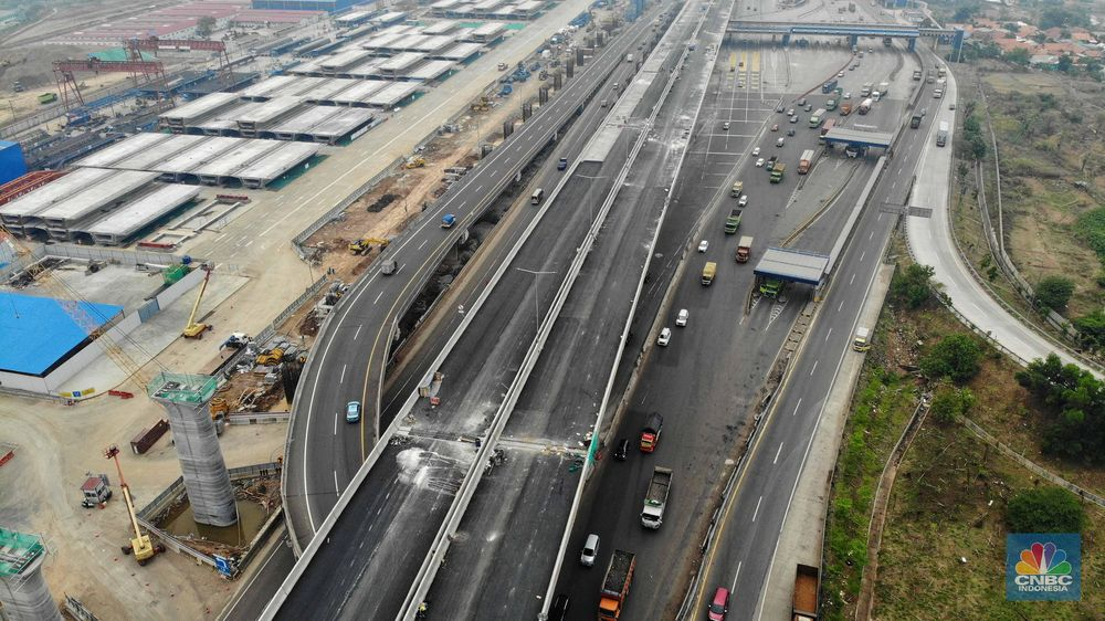 Proyek di kawasan Jalan Tol-Cikampek merupakan Jalan Tol Layang Jakarta-Cikampek (elevated), LRT Jabodebek dan Kereta Cepat Jakarta-Bandung.