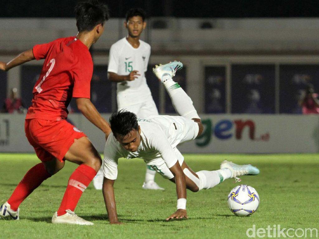 Ada 10 tembakan yang dilepaskan oleh tim Merah-Putih dua di antaranya membuahkan gol.