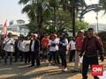 Massa Demo di Balkot Tuntut Anies Transparan Anggaran DKI