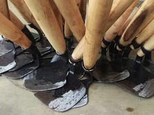 RI Krisis Petani: Cangkul Impor Pula, 99% dari China
