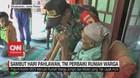 VIDEO: TNI Perbaiki Rumah Warga Jelang Hari Pahlawan