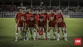 Timnas Indonesia U-19 menghadapi Hong Kong dalam laga grup K Kualifikasi Piala Asia U-19 2020. (CNN Indonesia/Bisma Septalisma)
