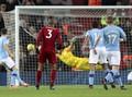 Eks Wasit: Man City Tak Pantas dapat Penalti Lawan Liverpool