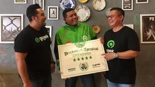 Badrut Tamam, Driver Gojek Peraih Cum Laude S-2 dari Jember