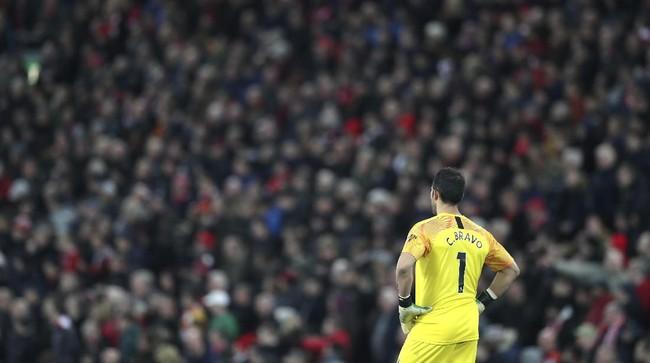Manchester City kini berjarak sembilan poin dari Liverpool di klasemen sementara Liga Inggris. (AP Photo/Jon Super)