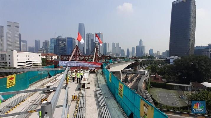 LRT Jabodebek akan dikembangkan di kota-kota lain.