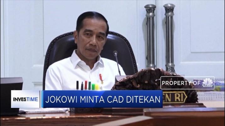 Jokowi mengaku tidak senang dengan situasi Indonesia yang kerap kali membuka keran impor untuk sektor energi.