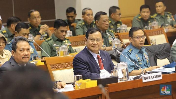 Demikian kata Prabowo seusai mengikuti rapat kerja dengan Komisi I DPR RI di ruang rapat Komisi I DPR RI, Jakarta, Senin (20/1/2020),