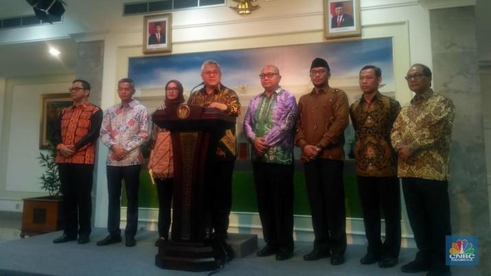 KPU menemui Jokowi di Istana Merdeka hari ini.