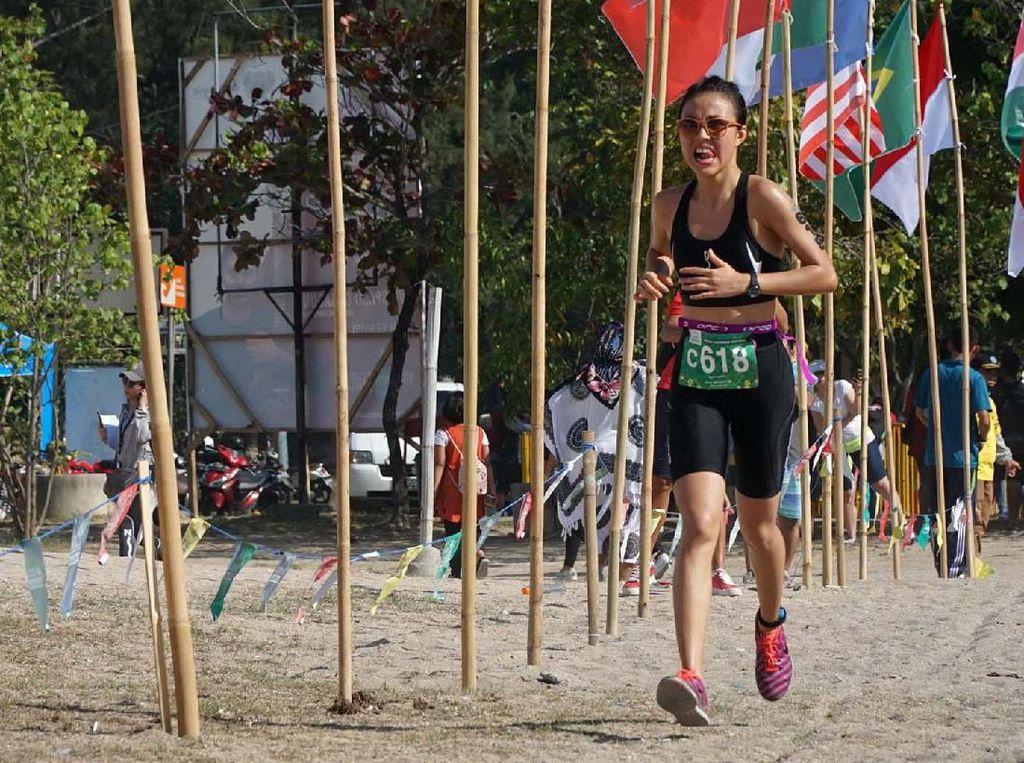 Event tahunan yang telah memasuki gelaran ke-12, diikuti oleh 2250 peserta dari 33 negara serta terbagi dalam tiga kategori utama yaitu Olympic Distance Course (Renang 1,5 kilometer, Sepeda 40 kilometer, Lari 10 kilometer), Sprint Distance Course (Renang 500 meter, Sepeda 20 kilometer, Lari 5 kilometer) dan 5K Fun Run.