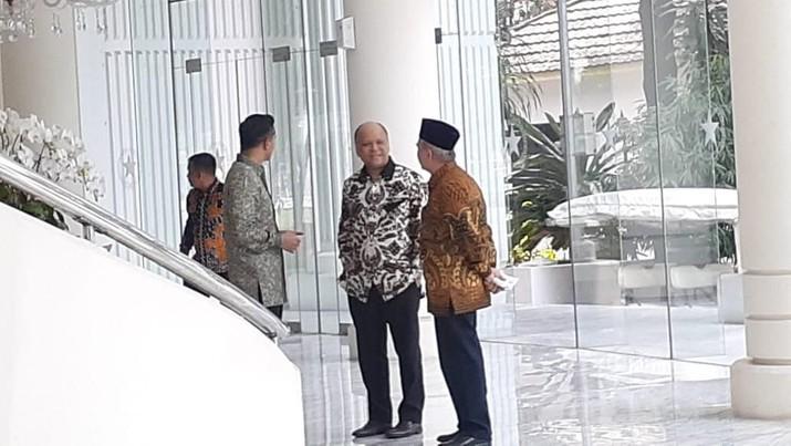 PT Bank Muamalat Indonesia Tbk kembali mengumumkan rencana Penawaran Umum Terbatas IV, setelah tertunda untuk kesekian kalinya.
