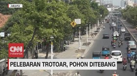 VIDEO: Pelebaran Trotoar, Pohon Ditebang