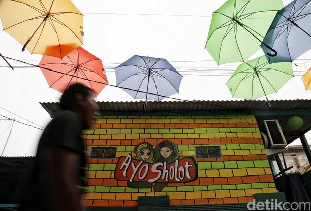 Mural Cantik dan Mendidik Hiasi Perkampungan di Koja Jakarta Utara