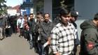 VIDEO: Hari Kedua Pendaftaran CPNS Pemohon SKCK Membludak