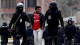 Tiga orang dilaporkan tewas dan ratusan lainnya luka-luka dalam unjuk rasa yang menuntut Presiden Evo Morales untuk menanggalkan jabatannya..(AP Photo/Juan Karita)