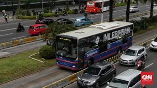 Banjir Genang Ibu Kota, Transjakarta Alihkan Rute Operasi