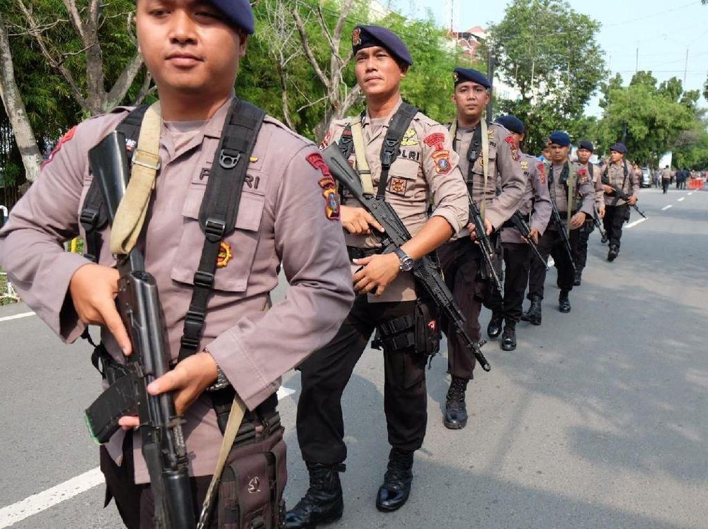 Usai Bom Bunuh Diri, Brimob Datangi Mapolrestabes Medan