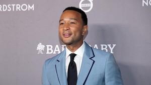 John Legend Dinobatkan Jadi Pria Terseksi 2019